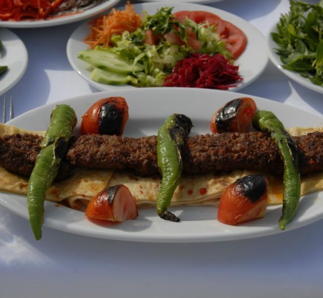 Adana Kebapçı Dürümcü Tekin Usta'yı Keşfedin