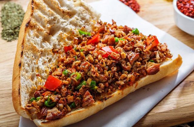 Sefaköy Yemek Siparişi Meşhur Kokoreççi Tekin Usta